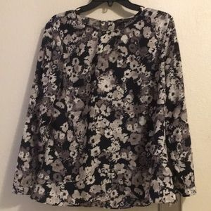 Banana Republic Ladies Blouse